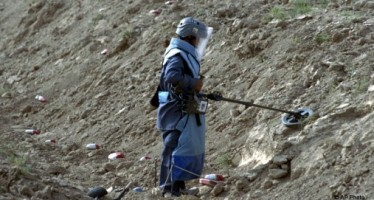 International aid to Afghanistan for demining purposes is reducing
