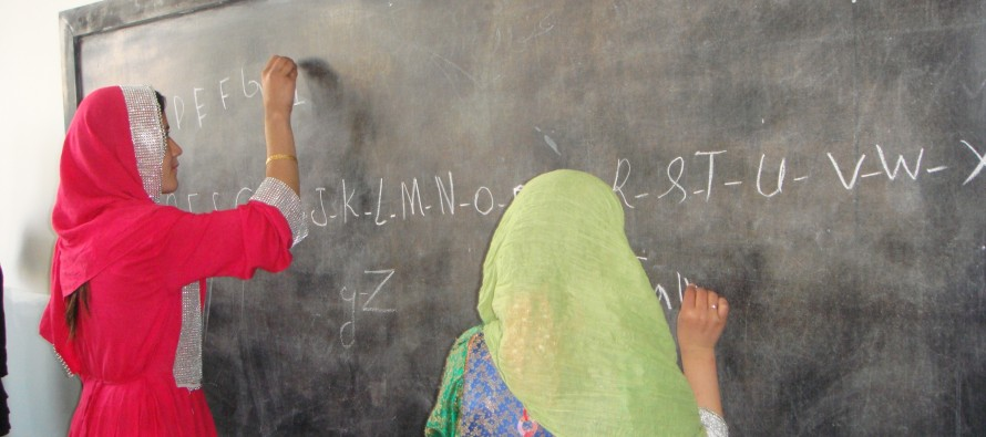 Ayenda foundation raises funds for Afghan children