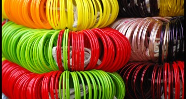 Nangarhar women demand for traditional bangles dwindling