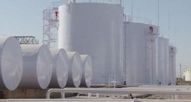 Uzbek oil tanker docked in Hairatan port after 16 years