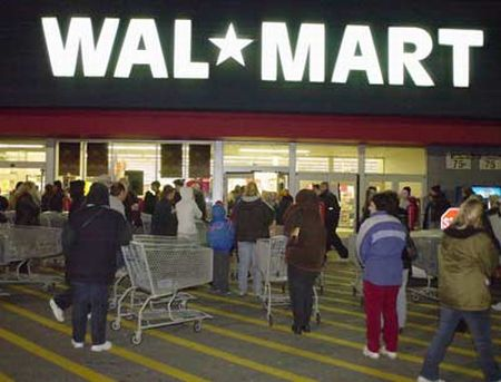 bharti and walmart in the indian retail market The arkansas-based retailer is reportedly in talks to invest up to $1 billion in  indian  walmart is taking another run at breaking into the indian market -- this  time  another attempt to gain a foothold -- a joint venture with bharti.