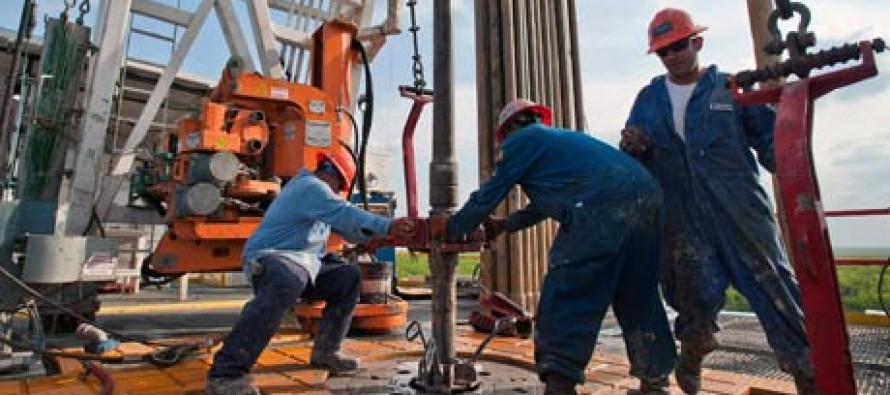 The US to overtake Saudi Arabia as the world's biggest oil producer!