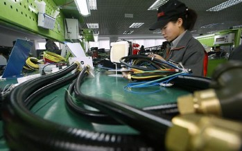 China's manufacturing activity growing at its fastest rate in two years