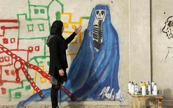 Afghan female artist beats the odds to create art