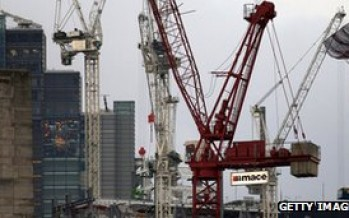 UK economy 'contracted in fourth quarter'