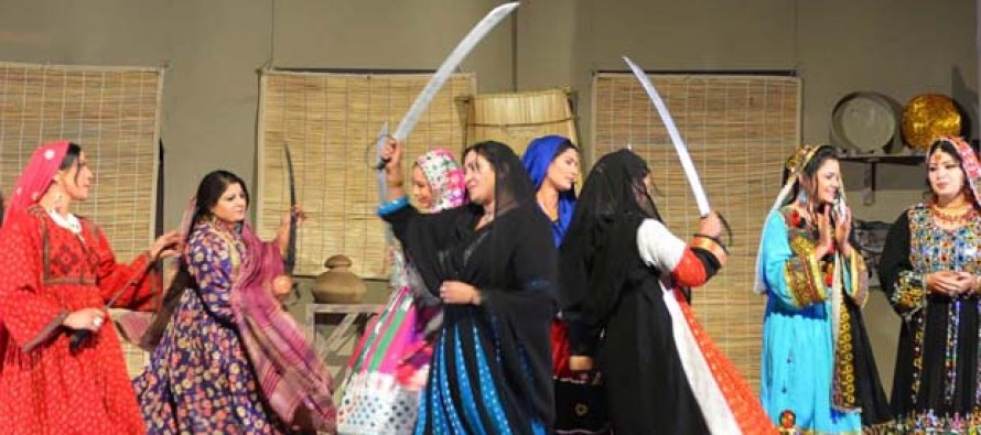 Pashtun stage play brings Pakistan, Afghanistan closer