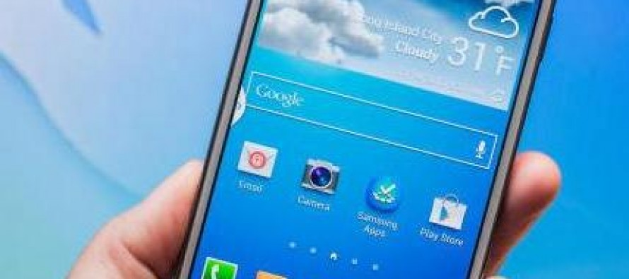 The Samsung Galaxy S4 Is Completely Amazing and Utterly Boring