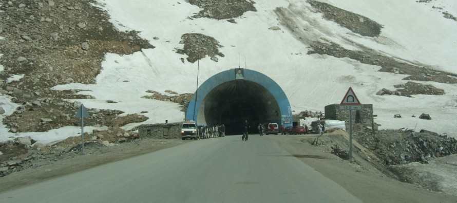 Salang's reconstruction work lacks quality