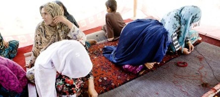 Carpets as future livlihood for Afghan women