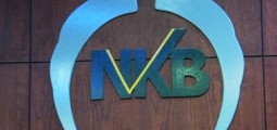 Economic analysts ask for solution to New Kabul Bank issue