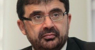 Afghan Foreign Affairs Minister woos Azerbaijan investors