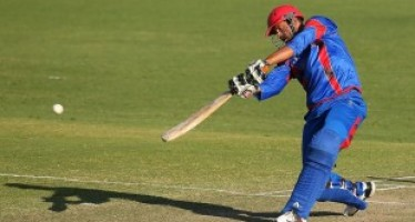 Afghanistan wins by 2 wickets against UAE in 3rd ODI