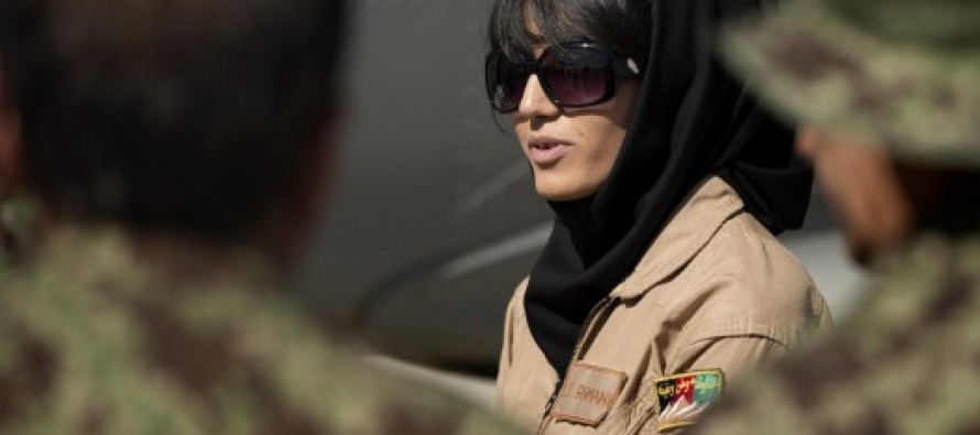 "Afghan woman to receive the ""International Women of Courage"" award"