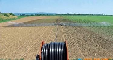 Afghan Agriculture Ministry distributes irrigation tools in Northern provinces