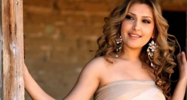 Afghan singer among top 30 beautiful women in the world