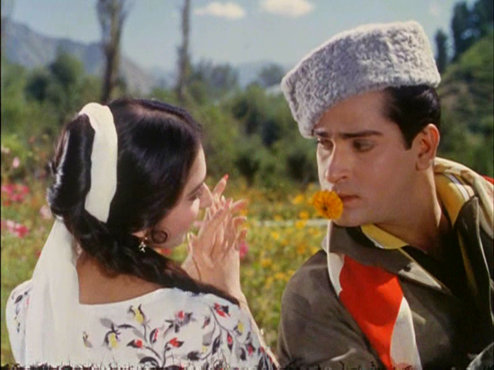 Shammi Kapoor's scarf from his hit classic, Junglee, was auctioned for ₹ 156,000.
