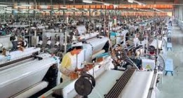 China Manufacturing Hits Nine Month Low
