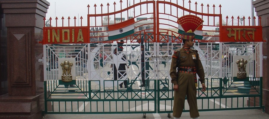Pakistan allows Afghans to trade at Wagah Port