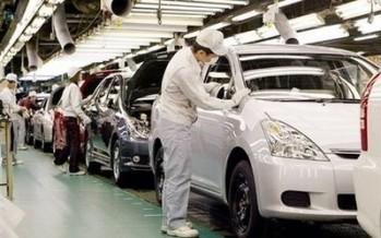 Japanese exports to China tumble