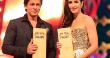 Shahrukh Khan won 2 trophies at Big Star Entertainment Awards