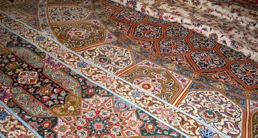 Thousands of square meters of Afghan handmade carpets sold under Pakistan's name