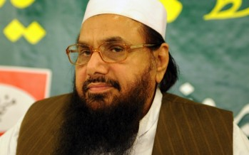 Shahrukh Khan's agony of 'being a Khan' wins him support from Hafiz Saeed