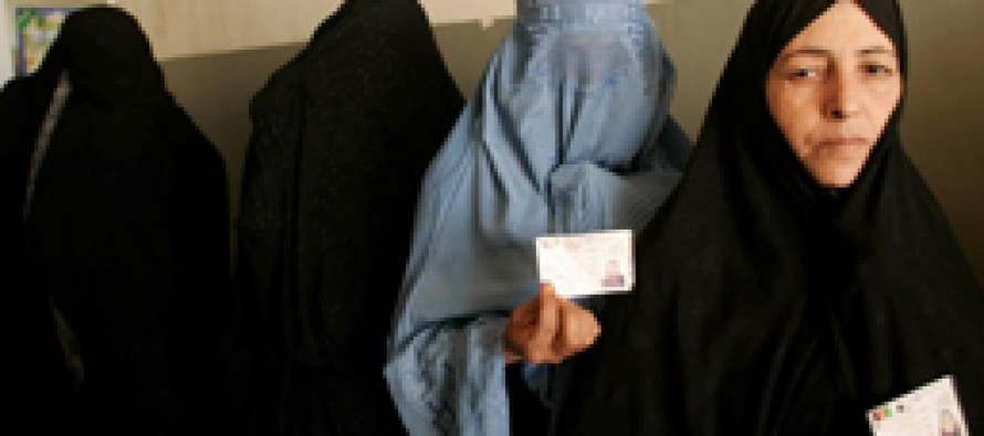 IEC support for using old registration system receives criticism