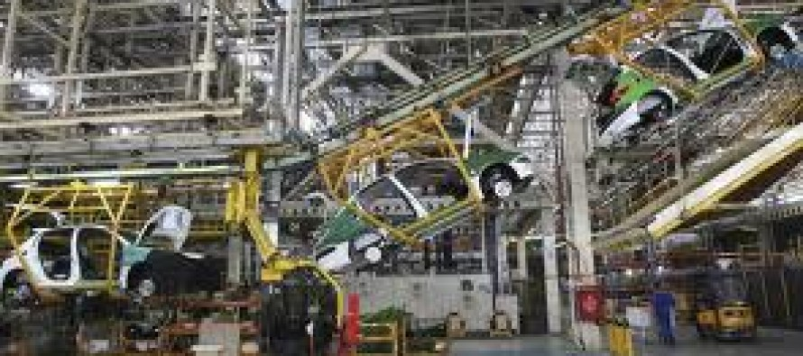 Iran turns to its car industry to make up for its losses from the sanctions