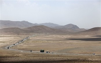 Afghan traders face attacks on the Kabul-Kandahar highway