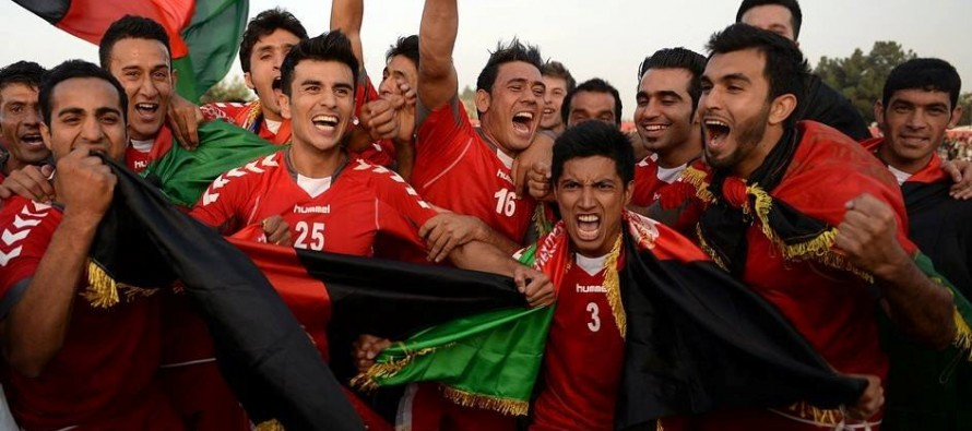 3 Ministers travel to support Afghan team at the SAFF final match against India