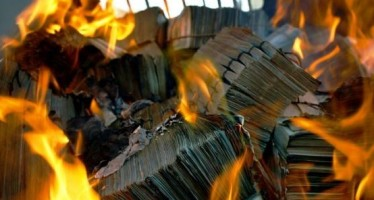More than 1 billion old Afghani banknotes are torched