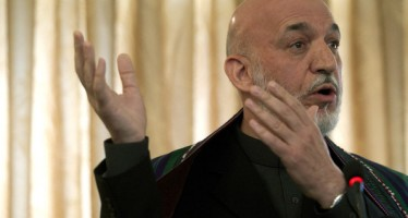 Karzai signs cooperation pacts with Tajikistan