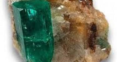 Illegal excavation of precious stones in Nuristan