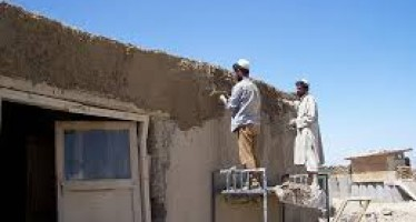 Afghan government fails to prevent looting of stucco in Kandahar
