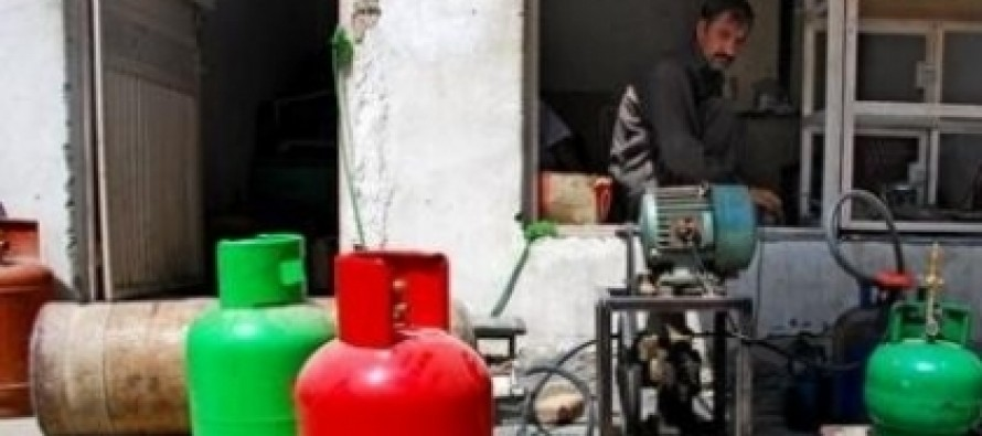 Food and Fuel prices go down in Kabul