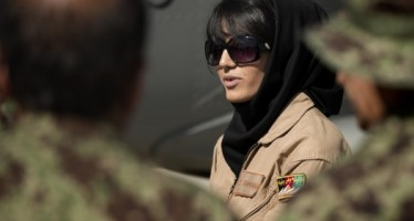"""Afghan woman to receive the """"International Women of Courage"""" award"""