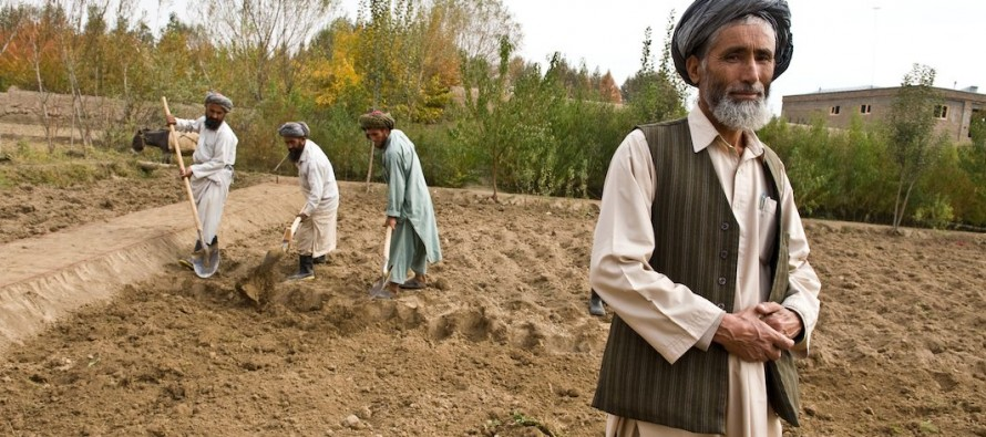 Afghan farmers receive new agriculture machineries