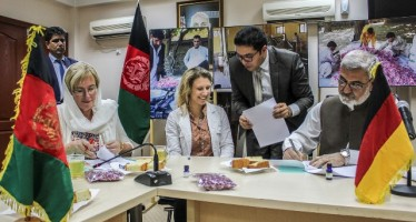 """Roses for Nangarhar"" – an alternative to poppy cultivation"