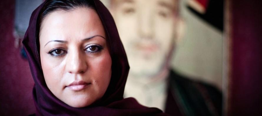 """Afghan woman receives """"Jewels of Muslim Awards"""""""