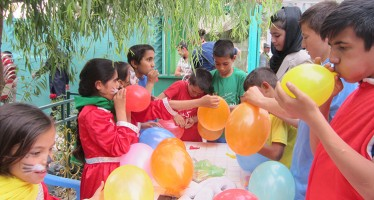 Afghan street children, orphans  gather for Children's Day celebration in Mazar