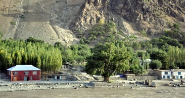 Brussels Summit to address economic problems of Afghan villages
