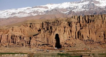 Experts agree to rebuild one of the Buddha statues of Afghanistan