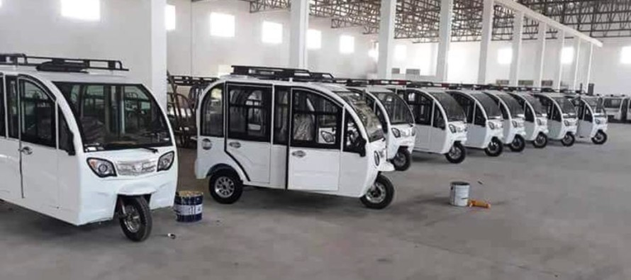 Youths in Mazar Build Afghanistan's First Ever Electronic Rickshaws