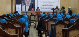 Sixty Women Complete Internship Programs in Kandahar