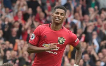 Manchester United Beat Chelsea 4 – 0