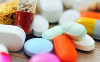 Afghanistan Imports Half Billion US Dollars Worth of Medicines Every Year